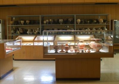 貝殻山貝塚資料館内部